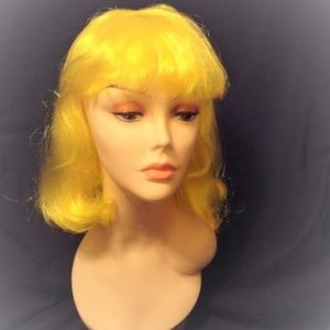 Neon Yellow Wig Shoulder Length Cos Play Costume